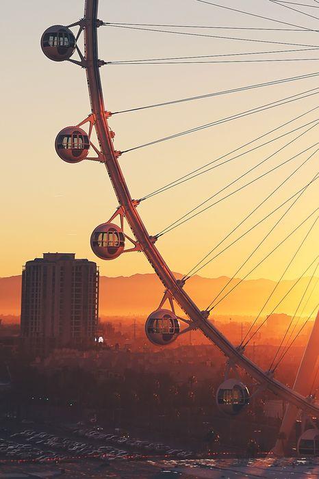 bigwheel sunset city