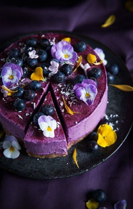 cake violet tasty food photo flowers retina