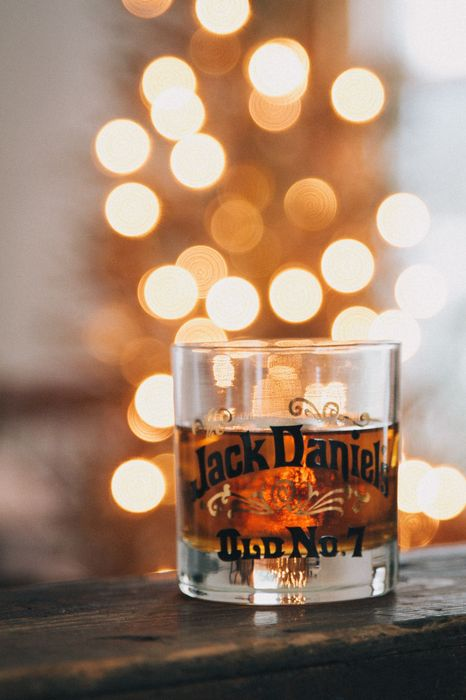 jack daniels glass whisky 1280x1920