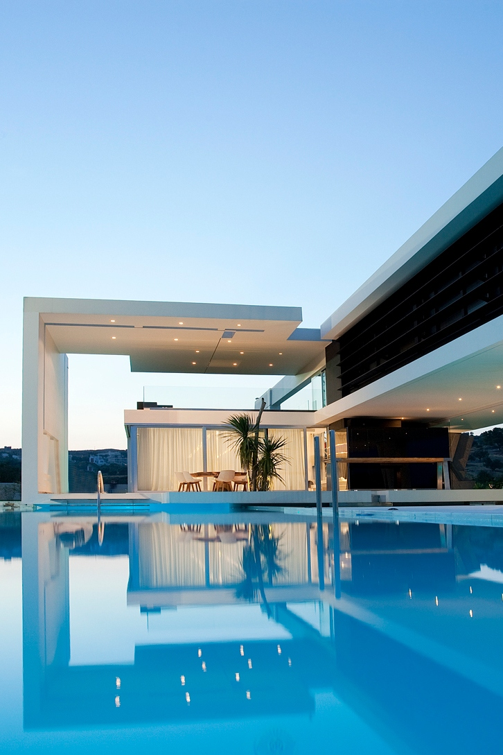 white modern house architecture