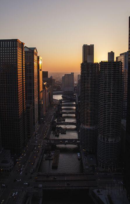 city sunset cars traffic skyscrapers retina