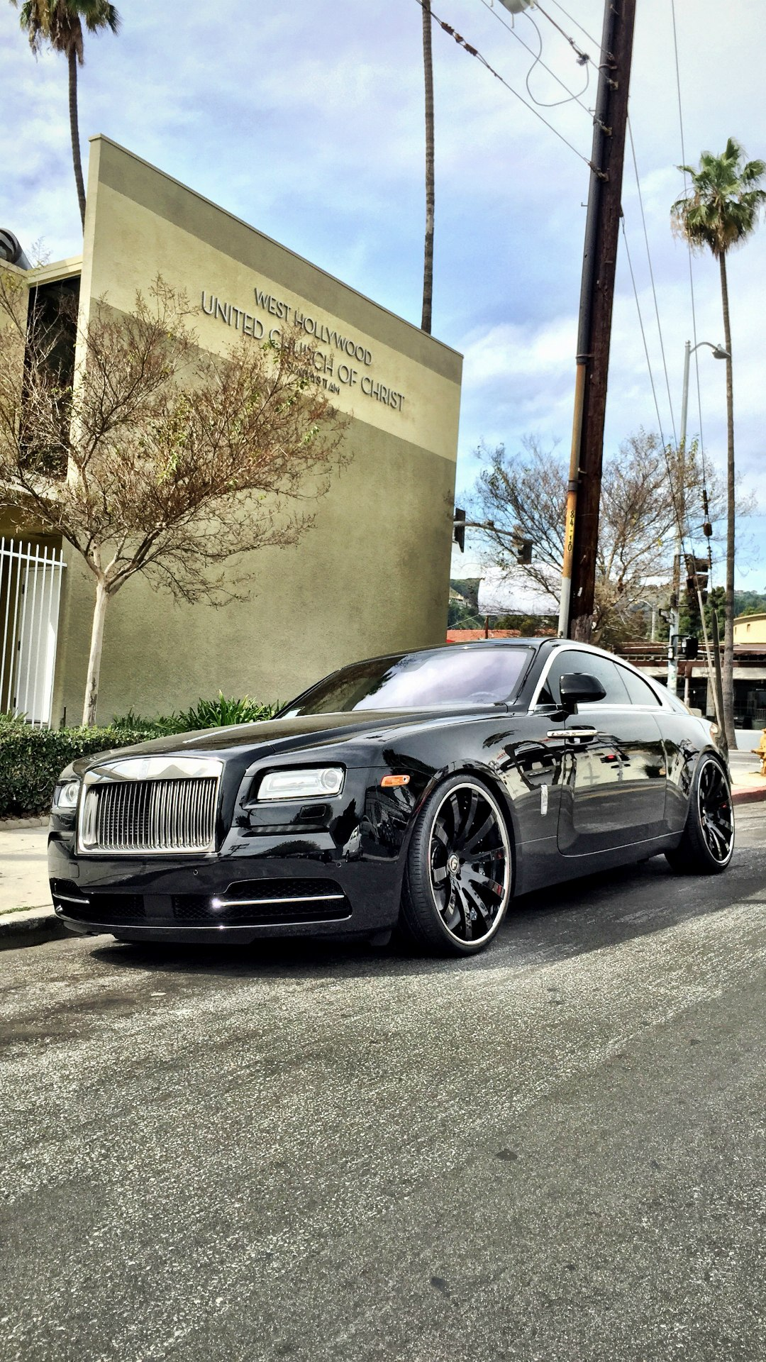 rolls royce phantom black luxury sportcar 1080x1920