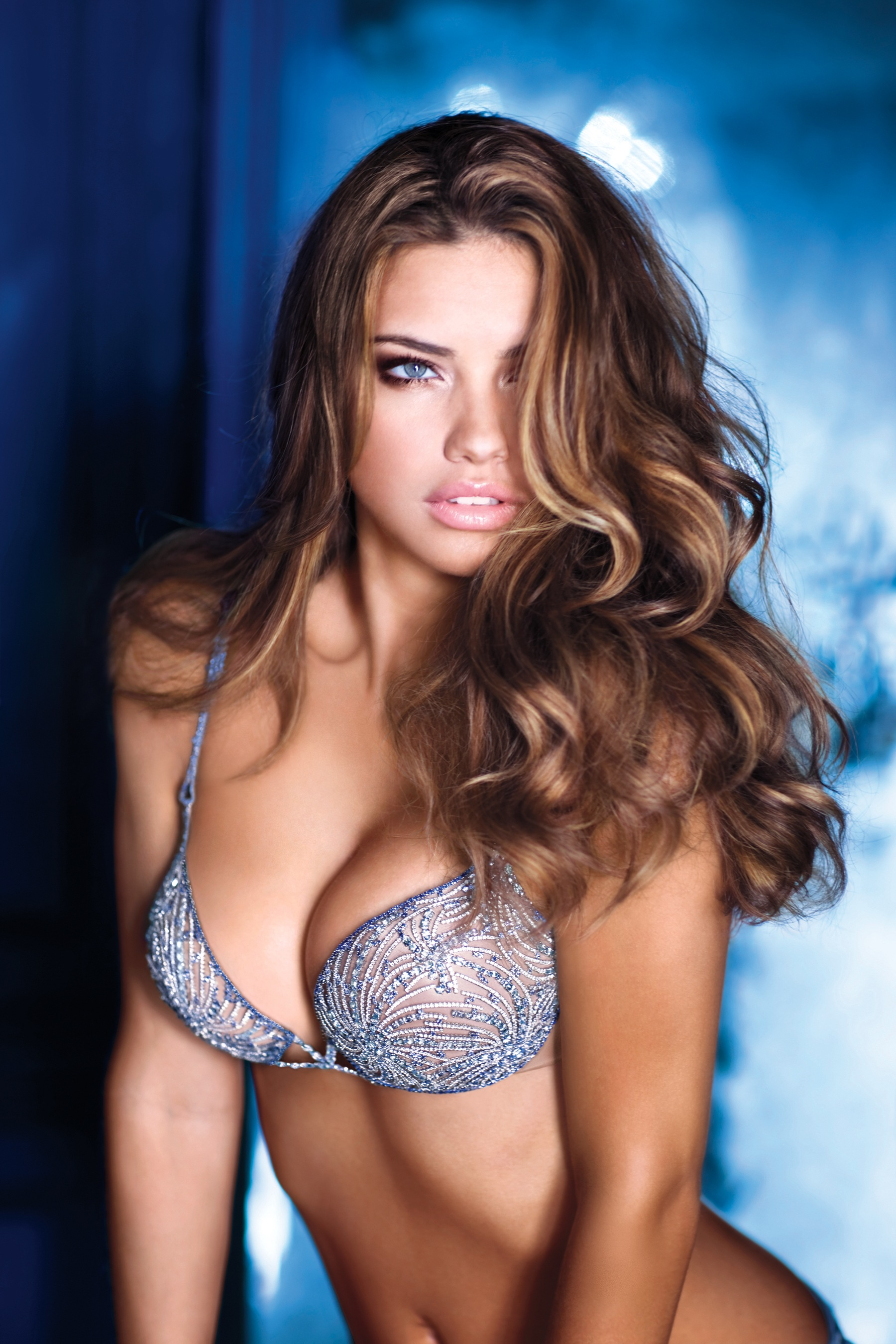 adriana lima beautiful model victoria secret