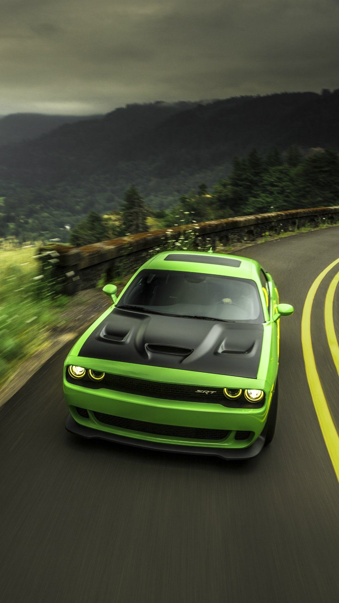 dodge challenger hellcat green road 1080x1920