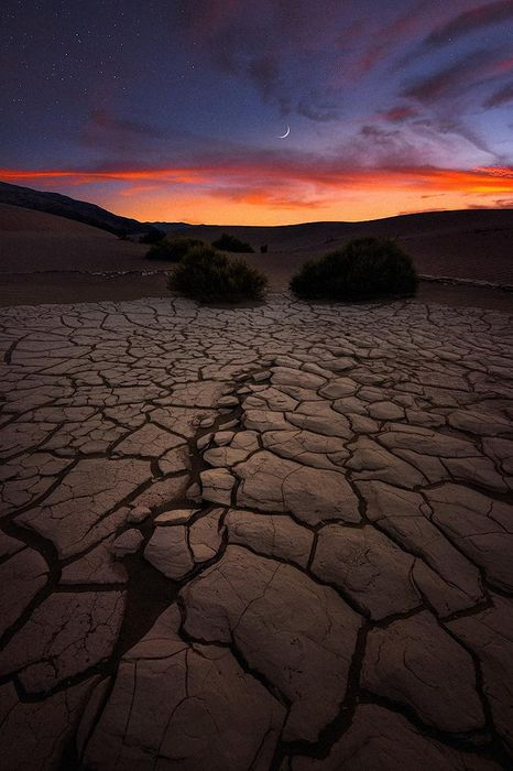 moon desert crack violet sunset