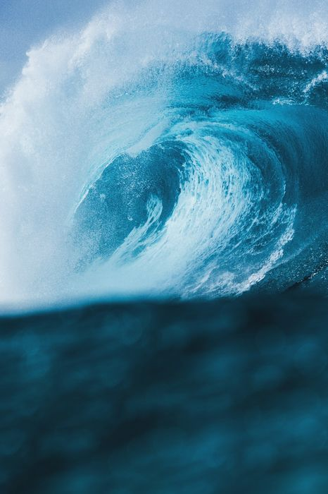 heavy wave blue ocean