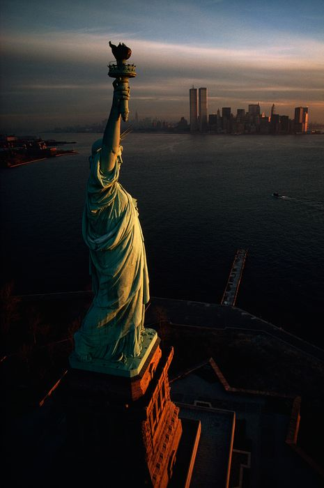 statue of liberty dawn