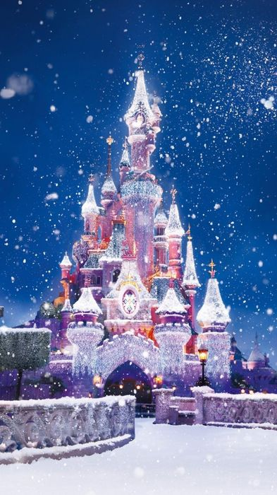 disneyland winter snow castle 1080x1920