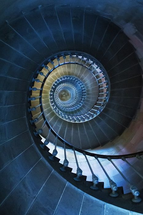 stairs geometry spiral wallpaper