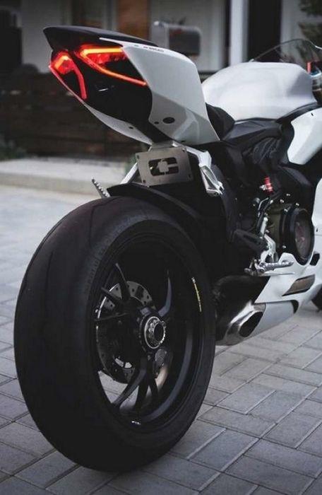 bike motosport white street
