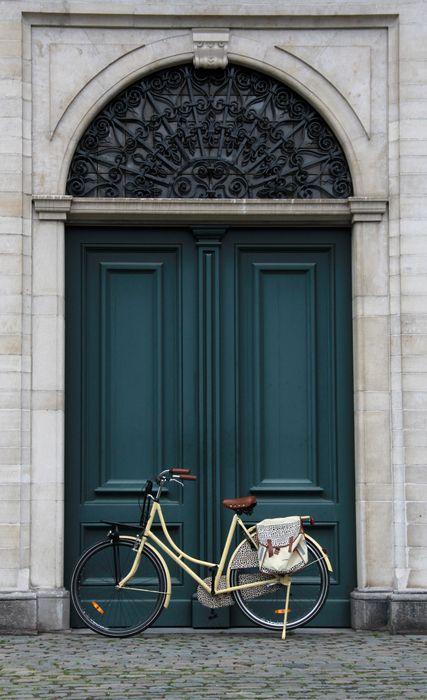 door bike street wallpaper