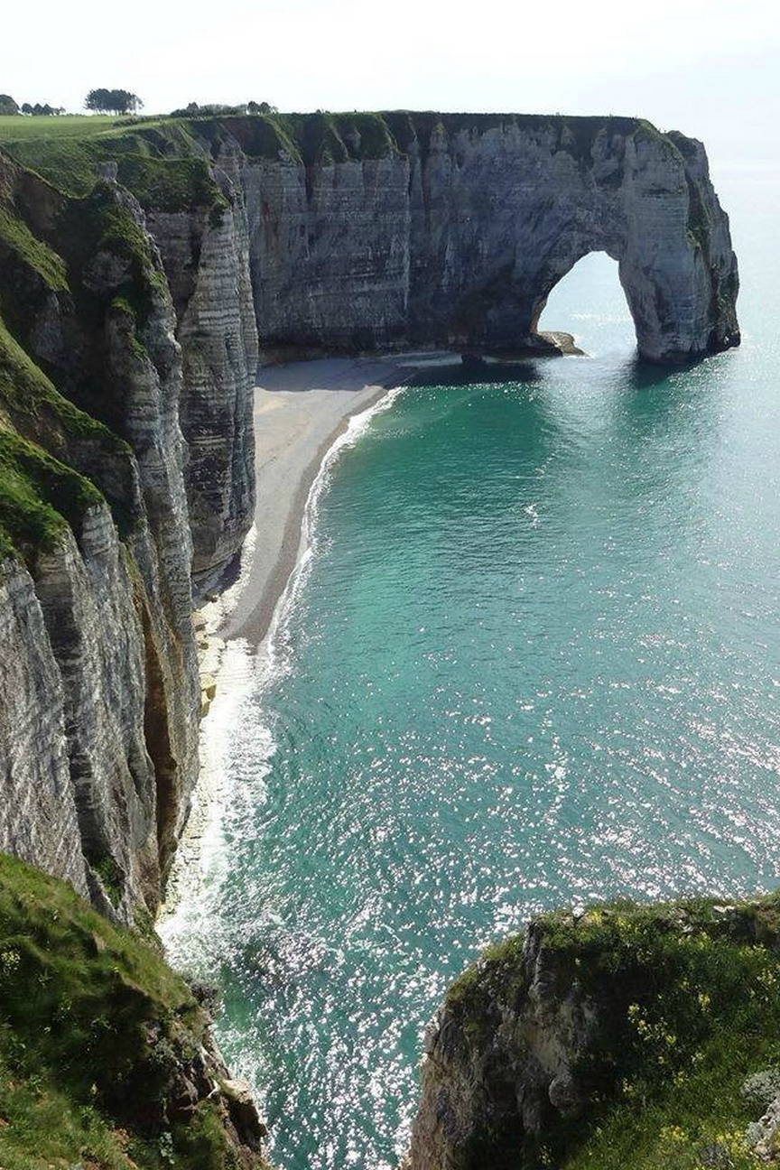 cliff and natural arch 750x1334