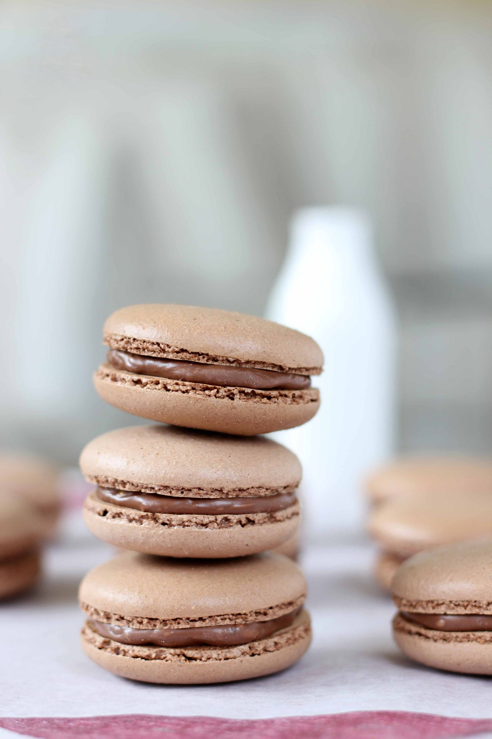 macaron chocolate tasty food photo iphone7 retina