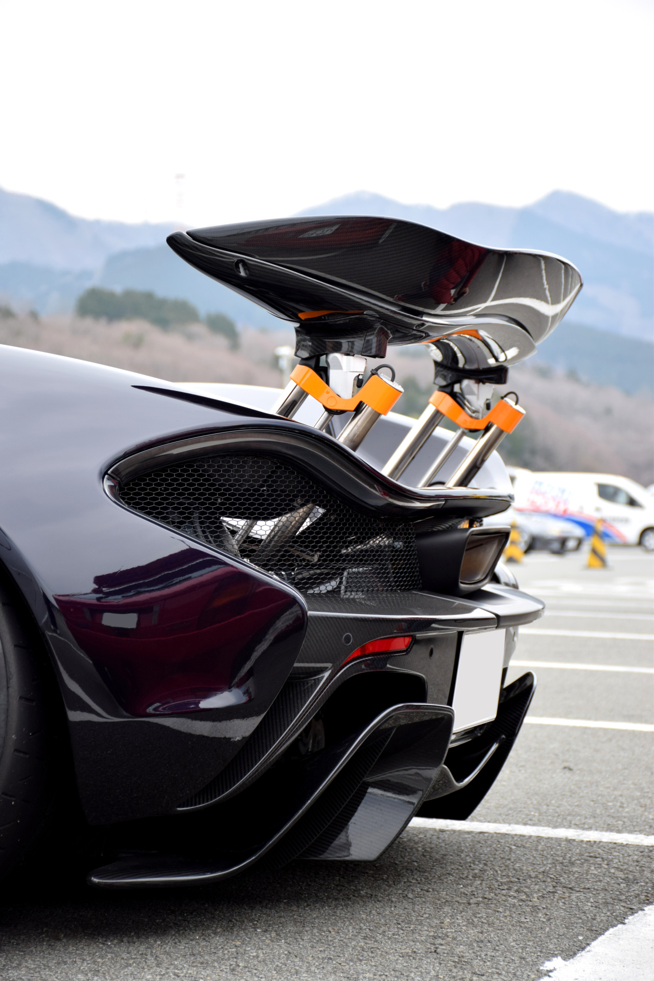 mclaren p1 spoiler back sportcar parking 1280x1920