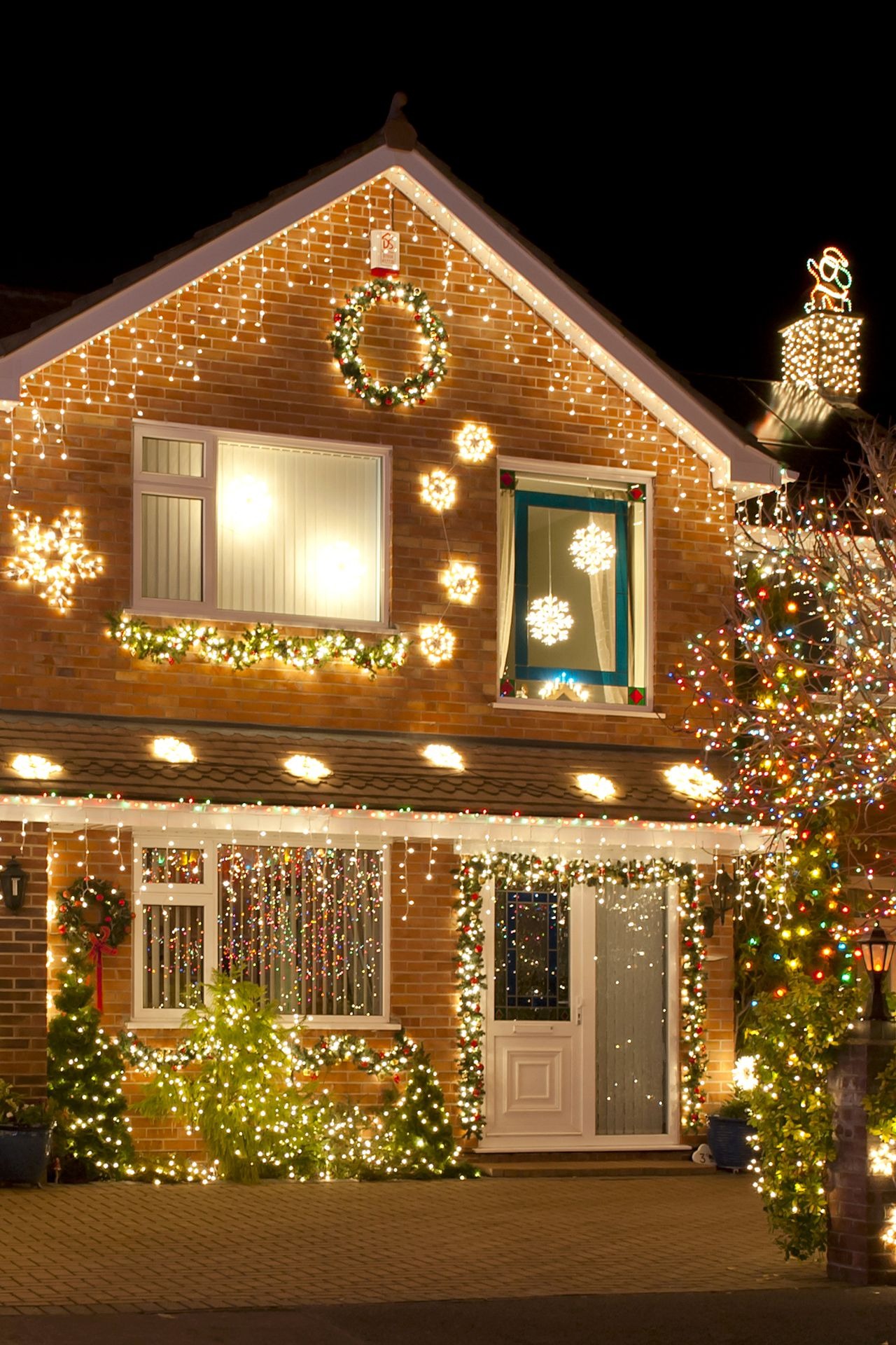 newyear christmas house light 1280x1920