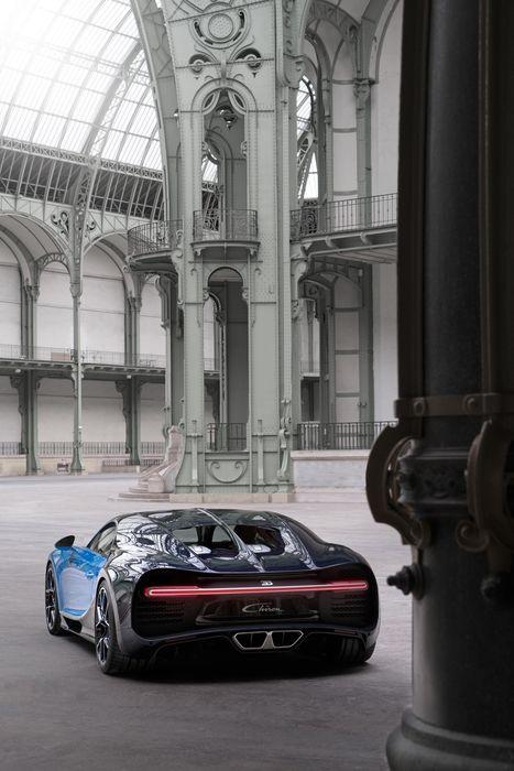 bugatti chiron architecture interior sportcar