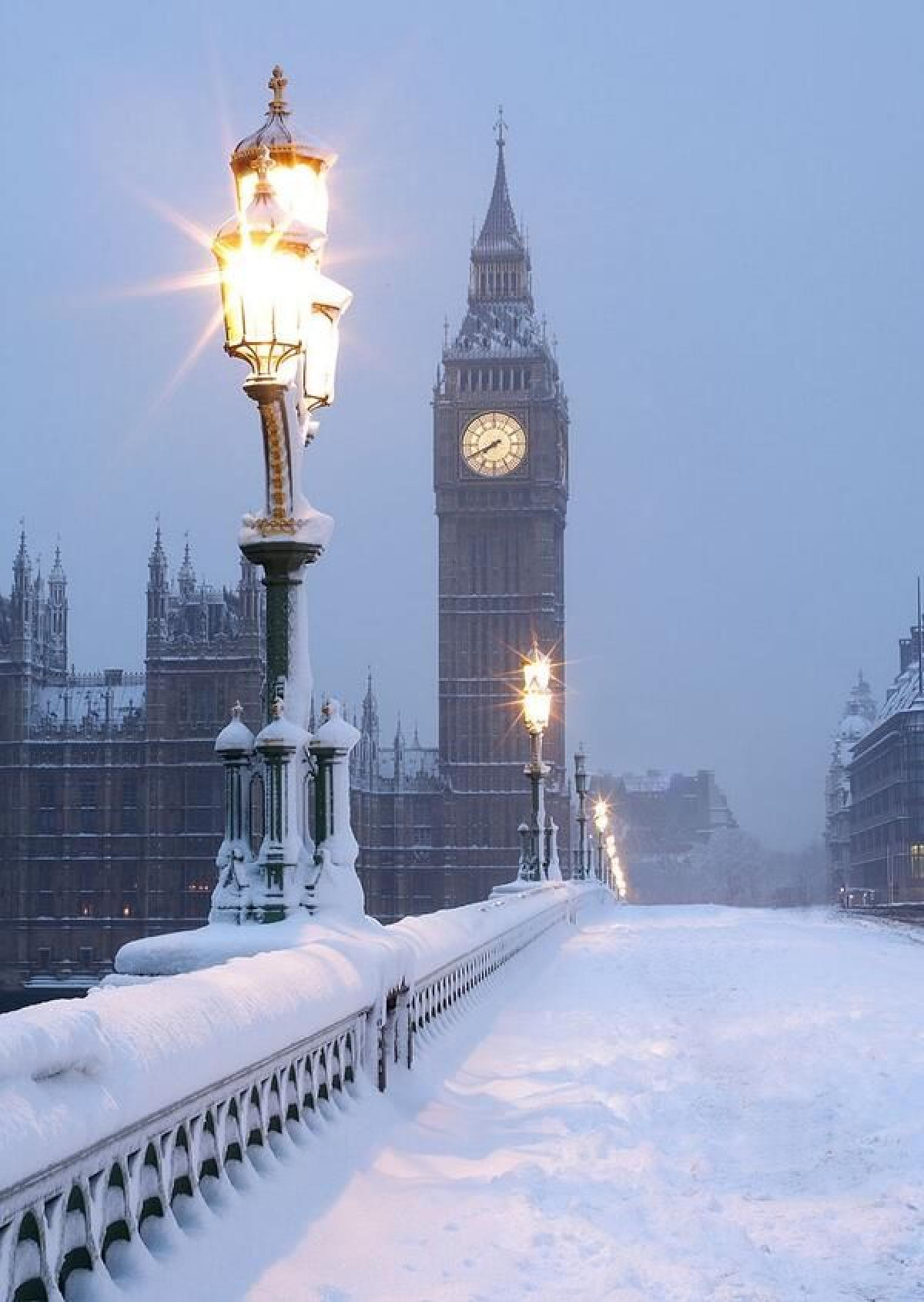 winter london bigben bridge snow