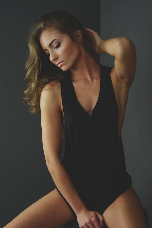 pretty girl black shirt model