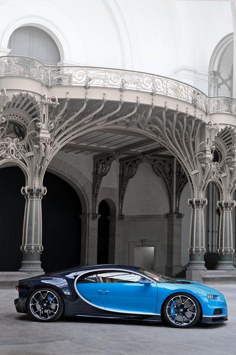 chiron bugatti blue grand palais sportcar