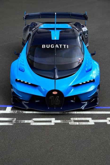 chiron bugatti sport blue track