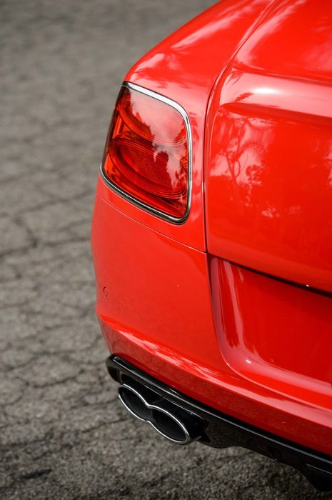 red bentley continental gt v8 rear taillight
