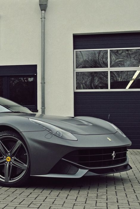 ferrari f12 berlinetta black
