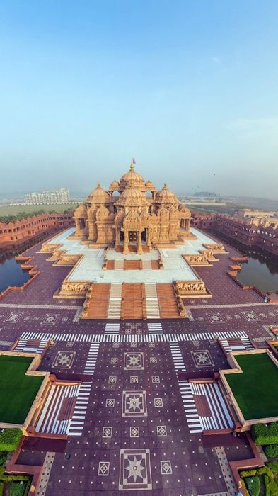 india akshardham temple beautiful top view 750x1334