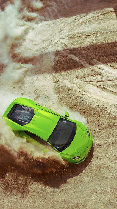 lamborghini huracan green drift sand road