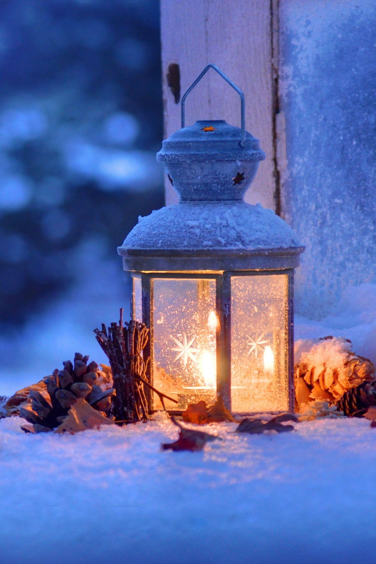 candle snow window 1280x1920