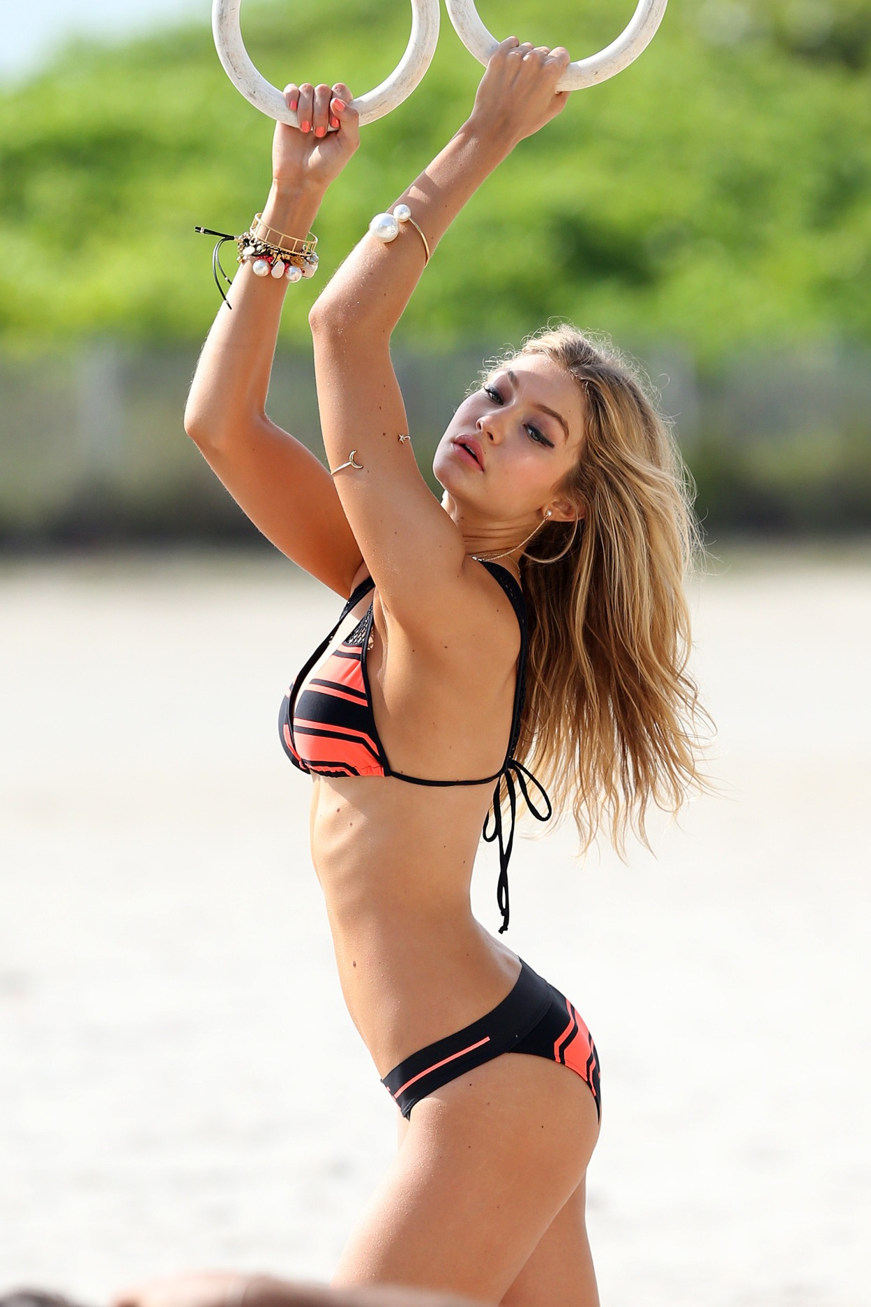 sexy girl gigi hadid swimsuit pretty fashion portrait hair blonde