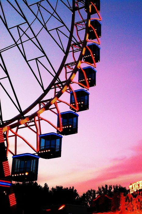 bigwheel pink sky lights