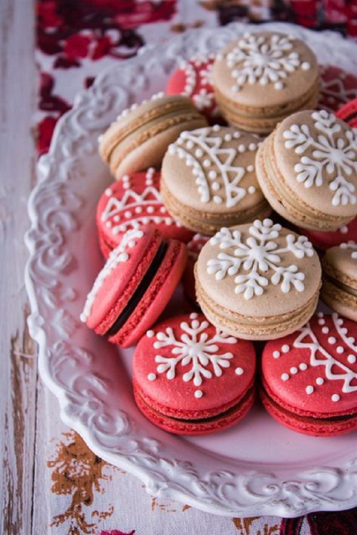 christmas macarons gold decoration food celebration holiday gift christmas jewelry chocolate