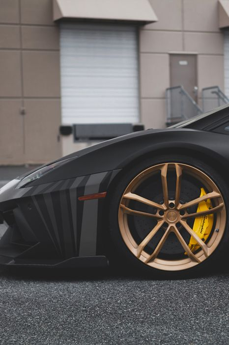 car lamborghini aventador black gold
