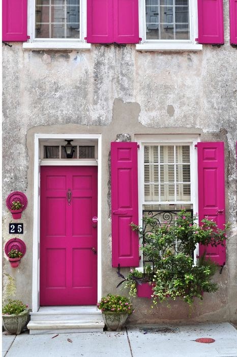 crimson house door windows italy