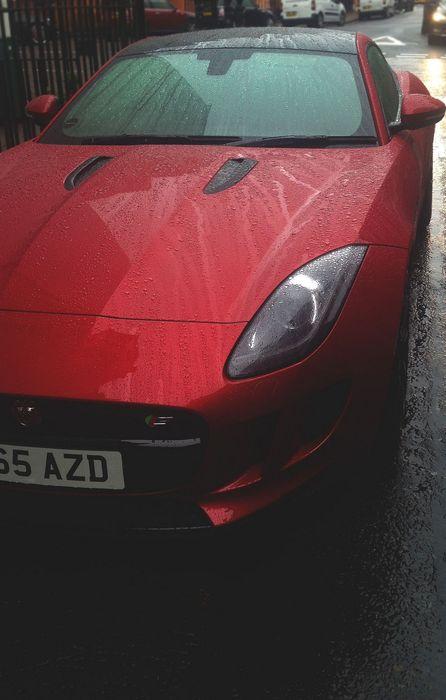 jaguar ftype red rain drops street retina