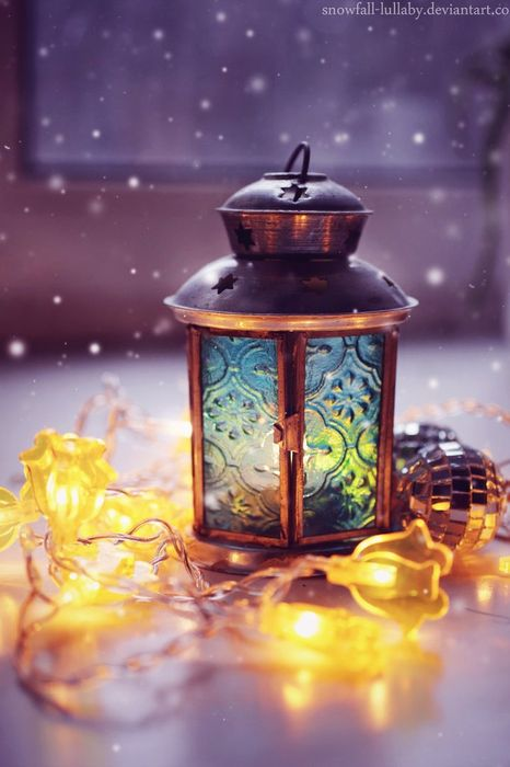 christmas lantern atmosphere lights snowfall