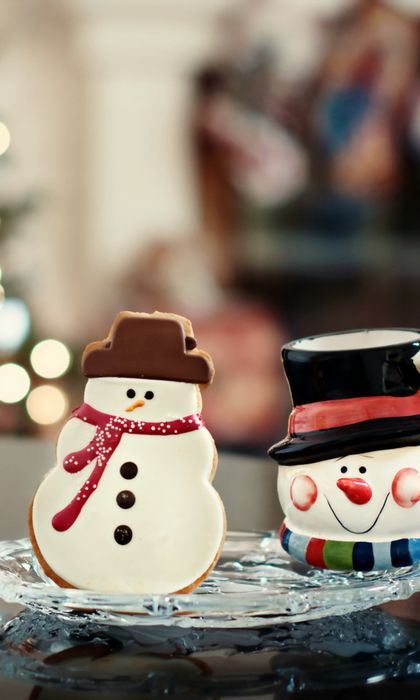 christmas snowman cookie 768x1280