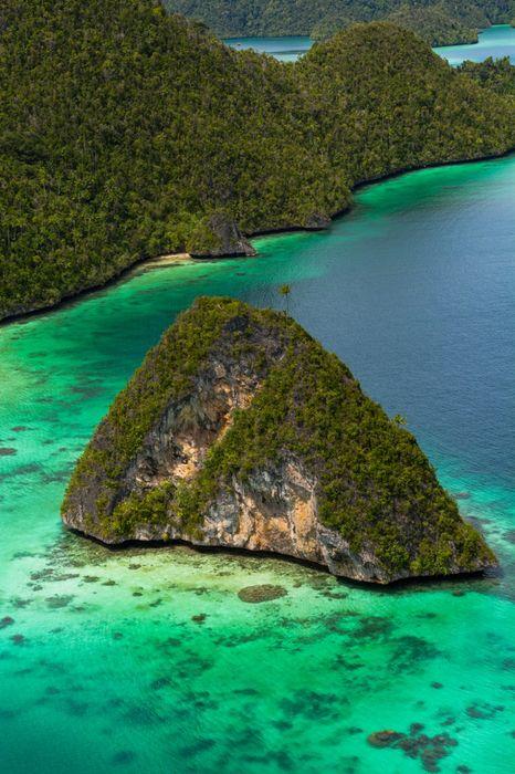island ocaen water bora bora green paradise