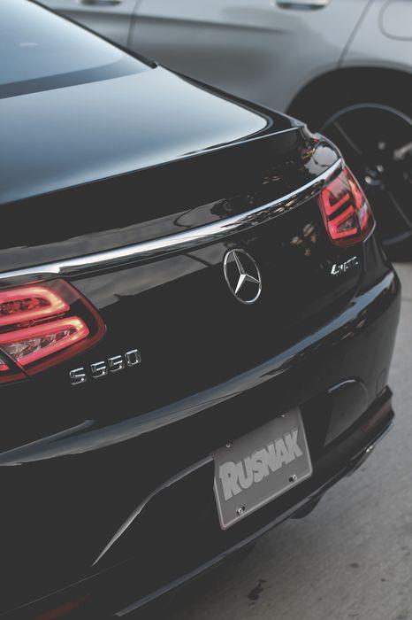 sportcar mercedes s550 black back 1280x1920