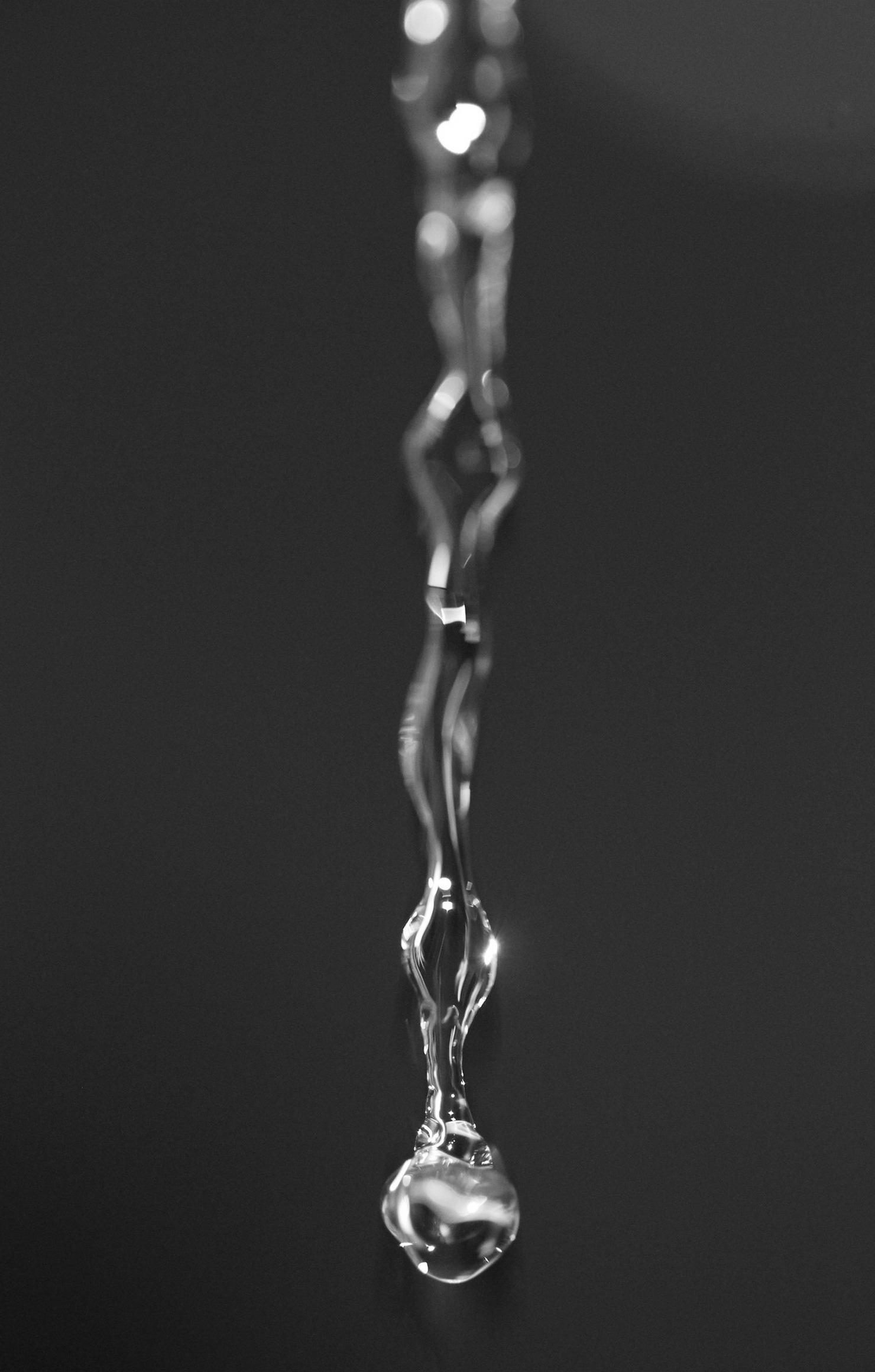 drop water macro wallpaper retina