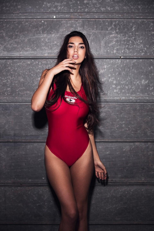 girl model hailee lautenbach red swimsuit