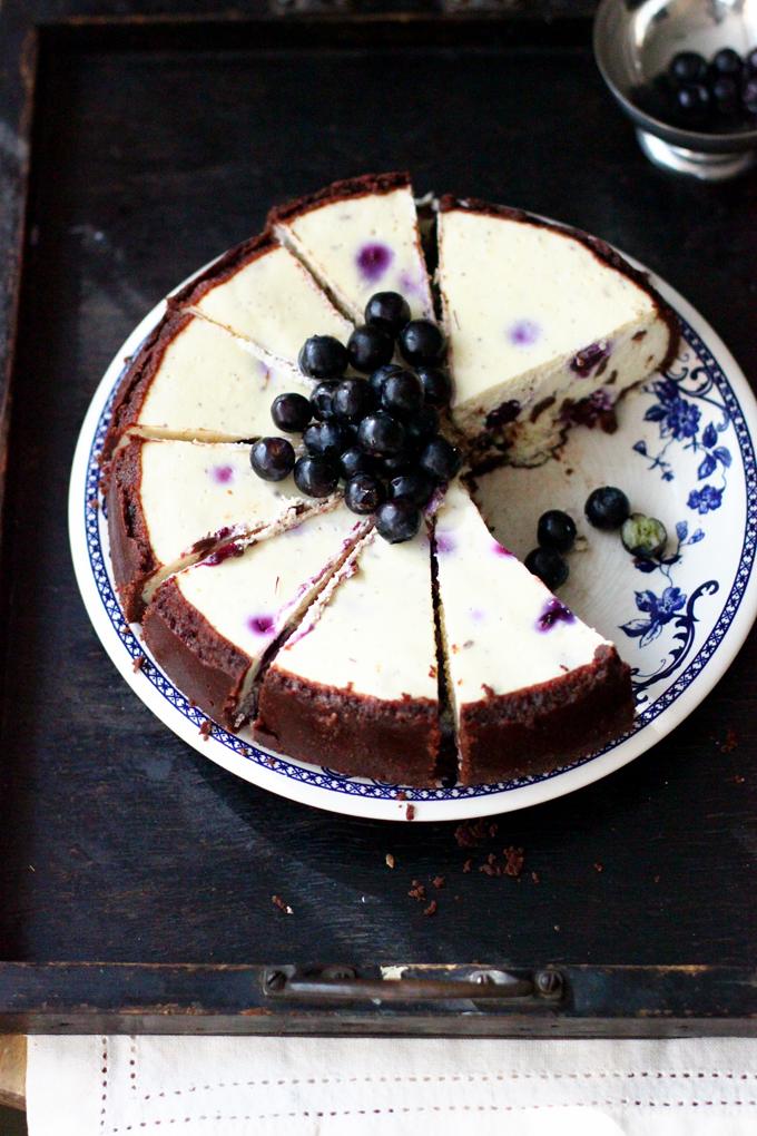 cake berries white plate food photo tasty