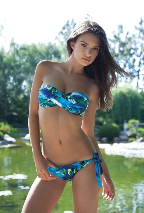 emily ratajkowski swimsuit lake model