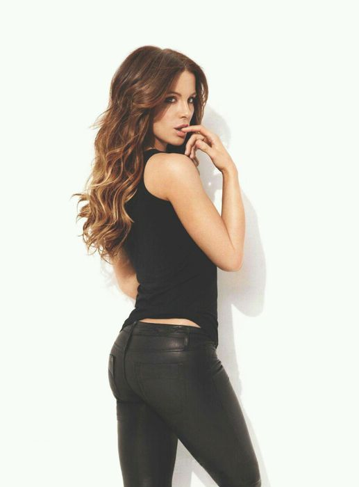 kate beckinsale total recall maxim