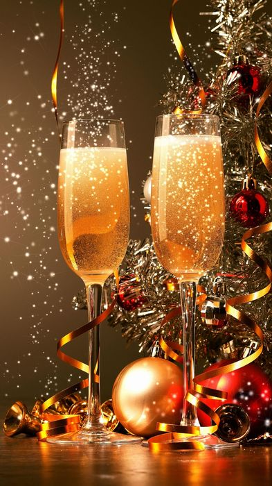 newyear champagne glasses tape christmastree balls 1080x1920