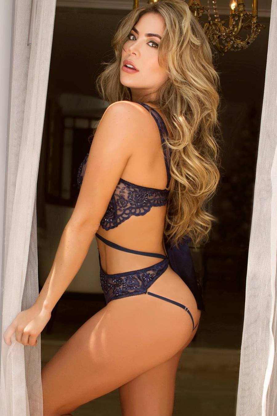 daniela tamayo lingerie sexy girl model attractive body curtains