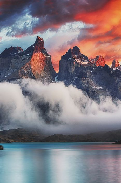 torres del paine national park fog lake