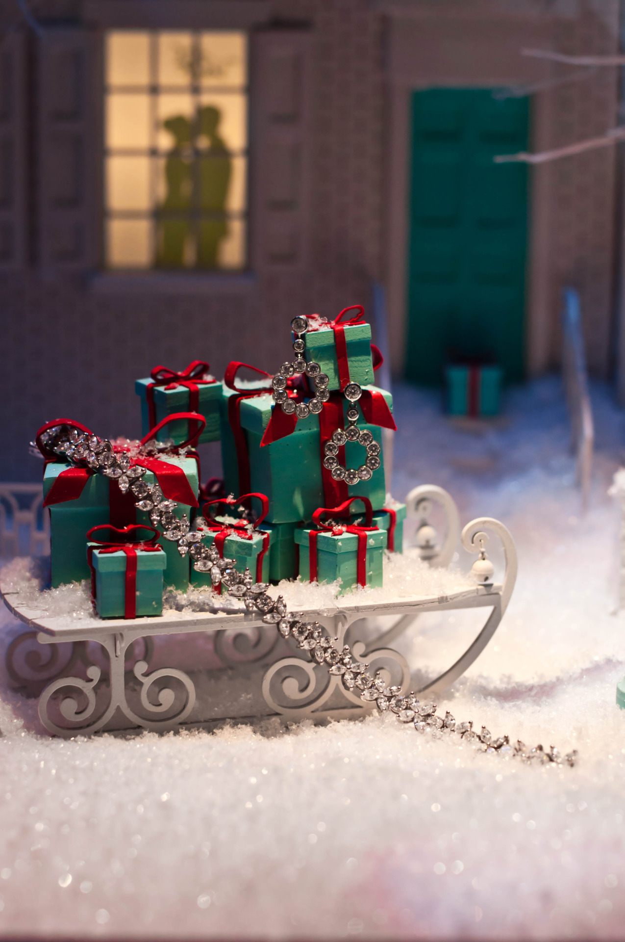 sleigh fun winter snow christmas presents gifts love house