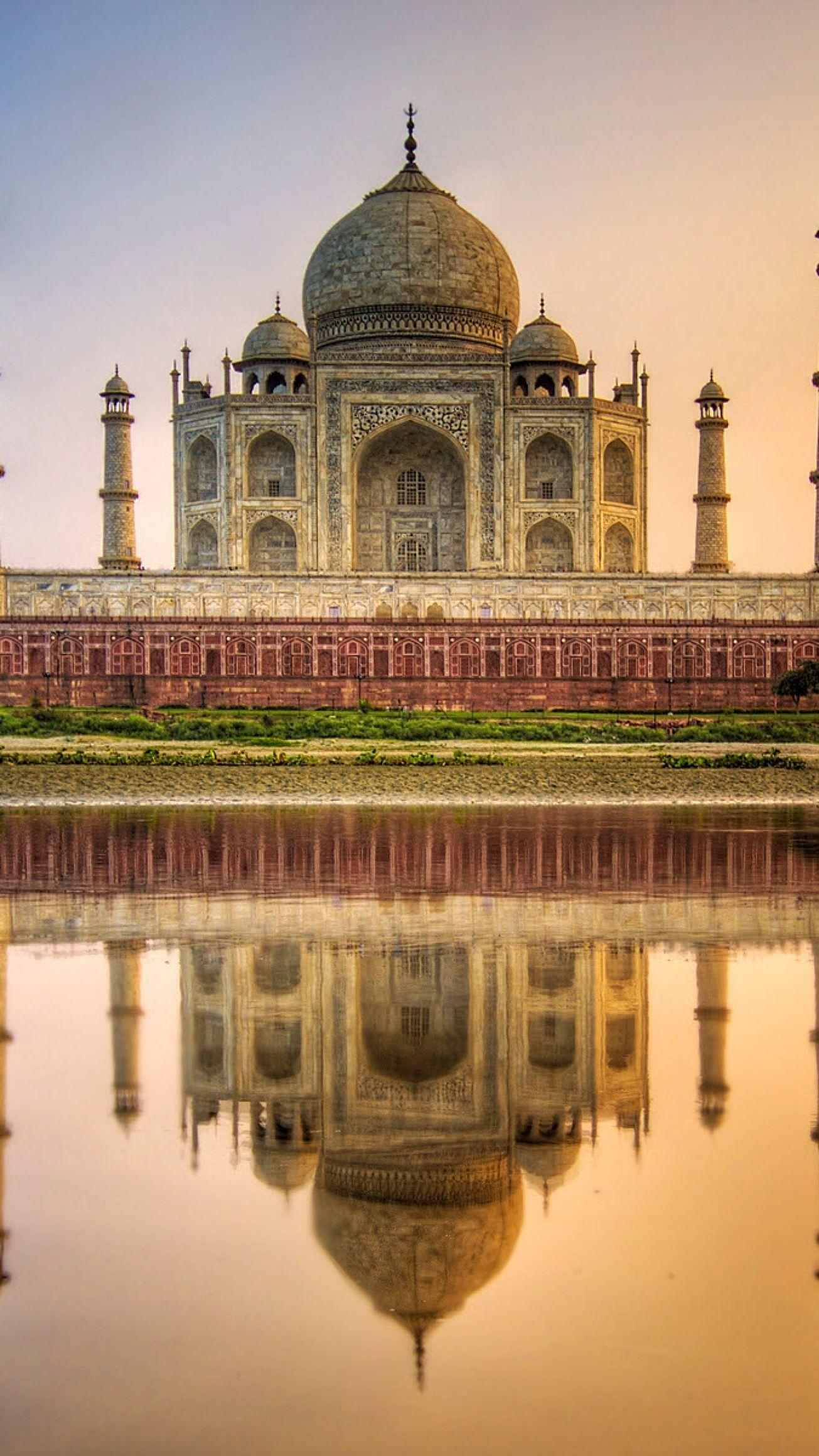 taj mahal agra india water reflection