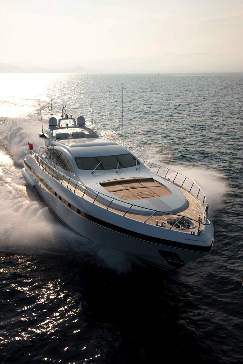 luxury enzo mangusta luxury yacht charter ocean